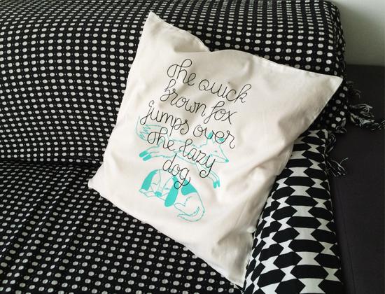 PB_TX_Pillow_Fox_001